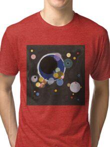 Kandinsky - Several Circles (Einige Kreise) Tri-blend T-Shirt