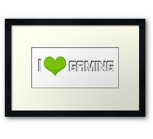 I <3 gaming (green) Framed Print