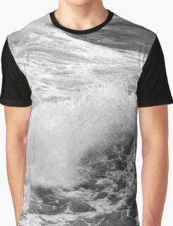 Breaking waves. 3 Graphic T-Shirt