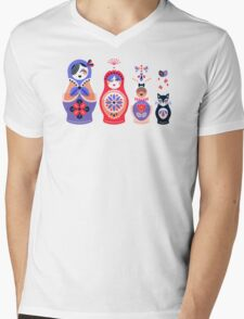 Russian Nesting Dolls – Pink & Lavender Mens V-Neck T-Shirt