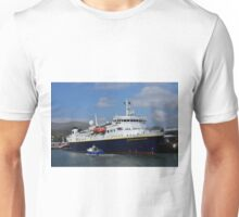 National Geographic Explorer in Dingle harbour Unisex T-Shirt