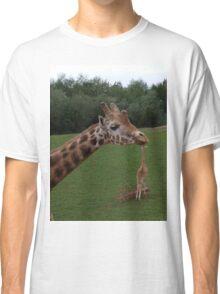 Giraffe Spaghetti!! Classic T-Shirt