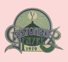 Glastonbury retro vintage design from 1979 festival Kids Tee