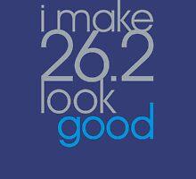 i make 26.2 look good [slv/blu] Unisex T-Shirt