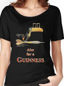 GUINNESS AIM FOR A GUINNESS VINTAGE ART Women's Relaxed Fit T-Shirt