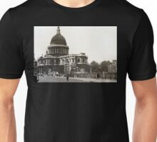 St Paul's Cathedral in the 1940s Unisex T-Shirt