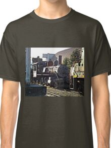 Train at Tracks End Classic T-Shirt