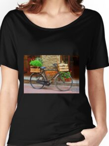 Old bicycle in Tuscany Women's Relaxed Fit T-Shirt