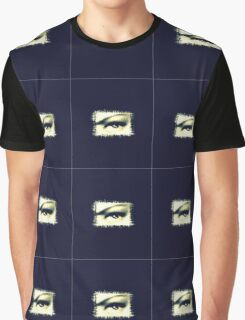 Distorted vision  Graphic T-Shirt