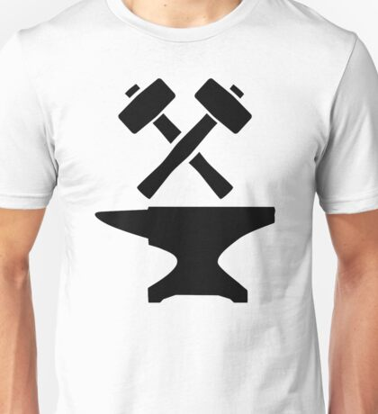 Crossed hammer anvil Unisex T-Shirt