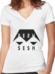 SESH SESH Women's Fitted V-Neck T-Shirt