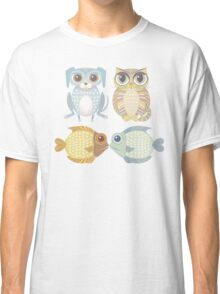 Lanky Dog, Big-Eyed Cat & 2 Fish Classic T-Shirt