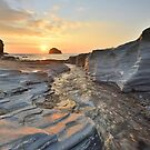Cornwall: Lighting up the Rocks by Rob Parsons