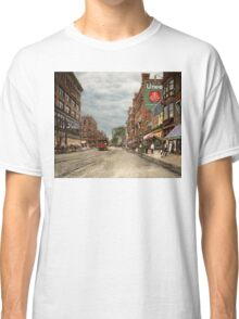 City - Lowell MA - A dam good company 1908 Classic T-Shirt