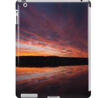 Beautiful dawn on Lake William iPad Case/Skin