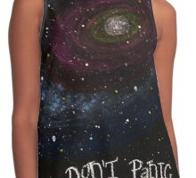 The Hitchhiker's Guide to the Galaxy Tshirt , Don't Panic Contrast Tank