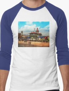 Train Station - Louisville and Nashville Railroad 1905 Men's Baseball ¾ T-Shirt