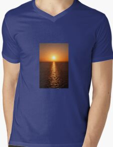 Ocean Sunset - iPhone Case Mens V-Neck T-Shirt