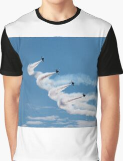 Angels coming Round Graphic T-Shirt