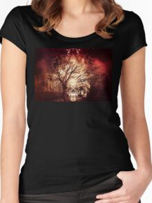 She wears a crown Women's Fitted Scoop T-Shirt