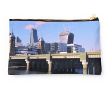 London Cityscape Studio Pouch