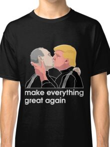 Trump kissing Putin Classic T-Shirt
