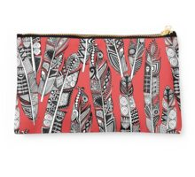 geo feathers red Studio Pouch