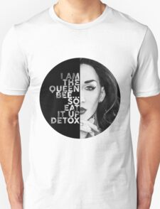 Detox Circle Text Portrait Unisex T-Shirt