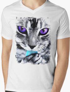 Purple eyes Cat Mens V-Neck T-Shirt