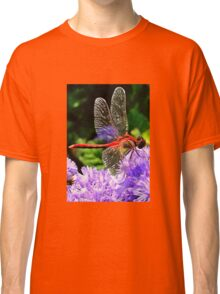 Red Dragonfly on Violet Purple Flowers Classic T-Shirt