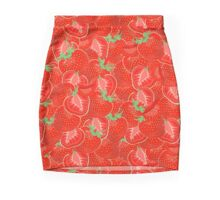 Ripe strawberry seamless pattern. Mini Skirt