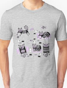 Funny floral pattern cats T-Shirt