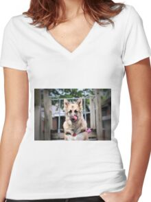 Wait! I have a crumb! Women's Fitted V-Neck T-Shirt