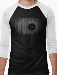 Scary Eye Looking Through Hole In Wood Men's Baseball ¾ T-Shirt