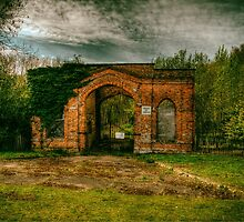 The Old Gatehouse by Nigel Bangert