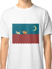 Cat on the roof Classic T-Shirt