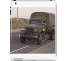 DRIVING ALONG iPad Case/Skin