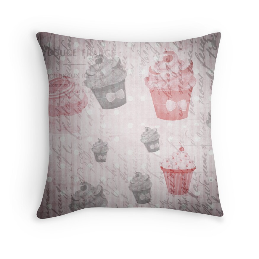 Shabby Chic Toss Pillows :