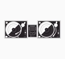 Black and White Turntables Kids Tee