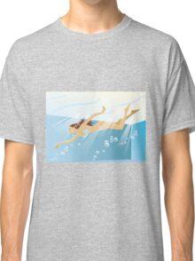Swimming bikini girl Classic T-Shirt