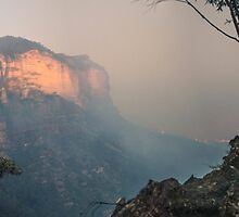 Blue Mountains saved from the Flames by STEPHEN GEORGIOU PHOTOGRAPHY