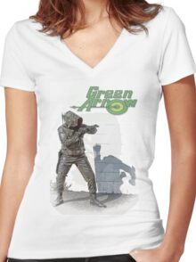 Green Arrow - Jay Women's Fitted V-Neck T-Shirt