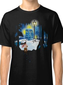 The Lion, The Doctor, and the Tardis (on Dark) Classic T-Shirt