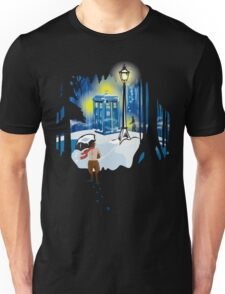 The Lion, The Doctor, and the Tardis (on Dark) Unisex T-Shirt