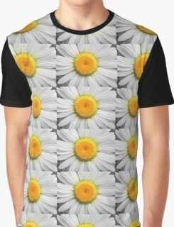 A Daisy Graphic T-Shirt
