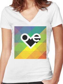 Love typography on a rainbow background Women's Fitted V-Neck T-Shirt