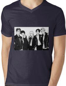 Shinee's Back! Mens V-Neck T-Shirt