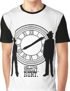 Eight o'clock, runt. Graphic T-Shirt