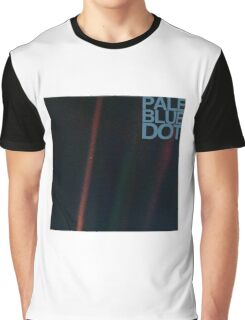 Pale Blue Dot  ( Earth from voyager ) Graphic T-Shirt