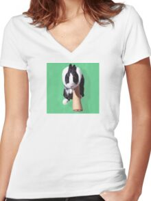 Marcelle The Bunny Women's Fitted V-Neck T-Shirt